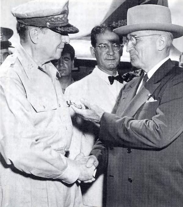 distinguished-service-medal-from-truman