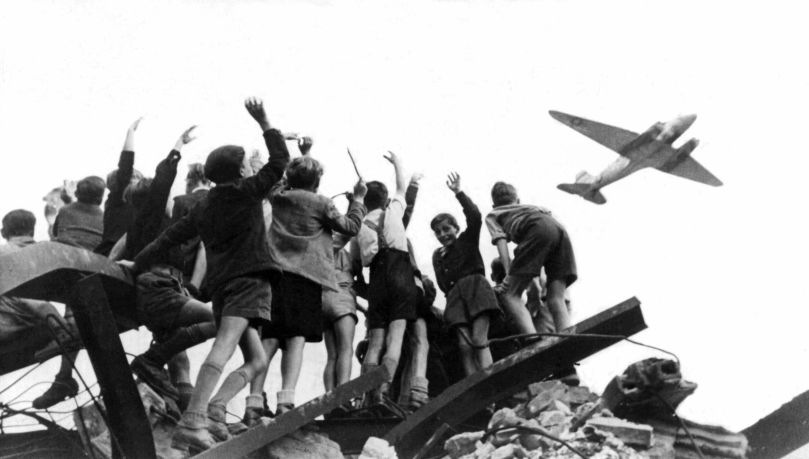 the-berlin-airlift-kg