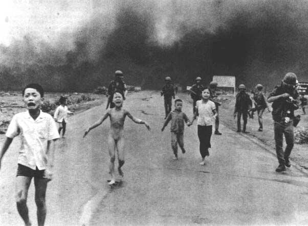 Kim Phuc napalm 1972