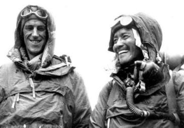 Edmund Hillary and Tenzing Norgay photograph (Courtesy - http://iconicphotos.wordpress.com). Click to go to source.