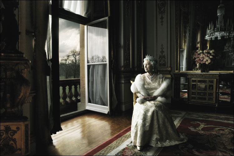 Queen In White Drawing Room