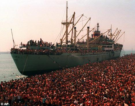 éxodo Albania Italia exodus Italy