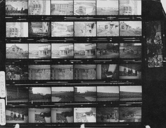 david-chim-seymour-contact-sheet-1