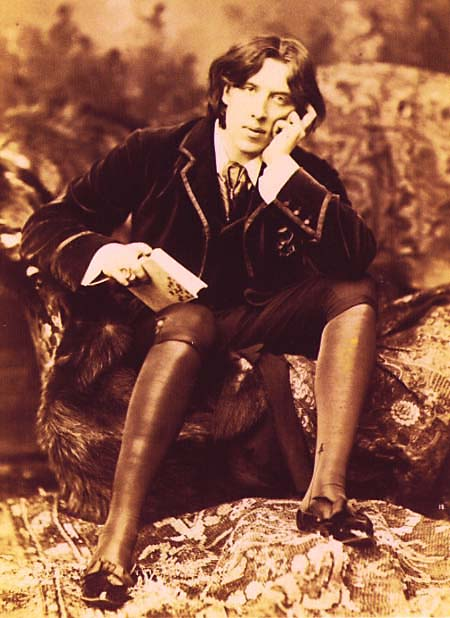 http://iconicphotos.files.wordpress.com/2009/07/oscarwilde-jpg.jpeg