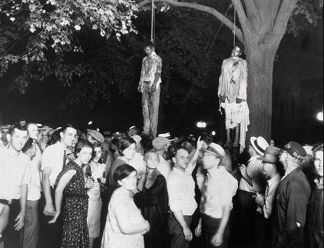 People tuskegee lynched group black lynchings being