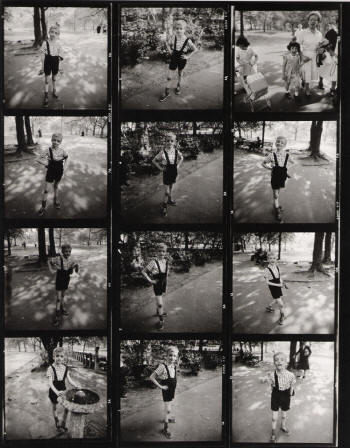 Arbus_Diane_Child_with_a_Toy_Hand_Grenade_in_Central_Park_contact_sheet_resampled