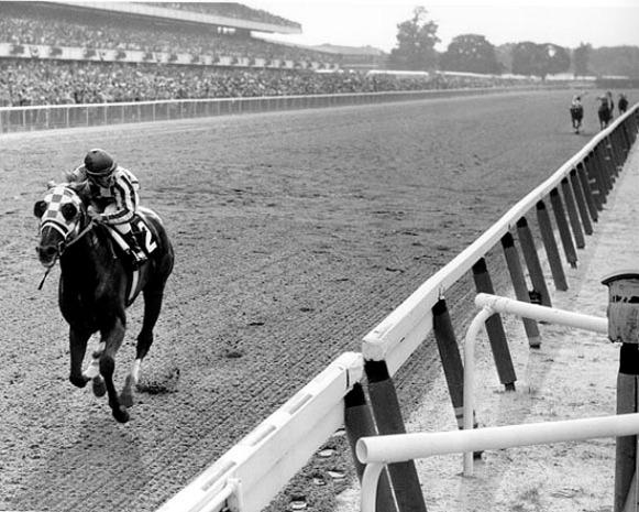 Secretariat wins the Belmont Stakes, 1973