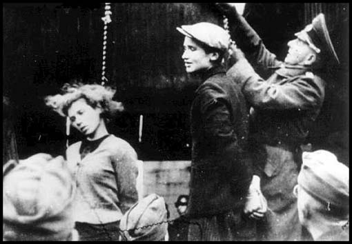 Nazi Women Guards Being Hanged http://iconicphotos.wordpress.com/tag/nazi/