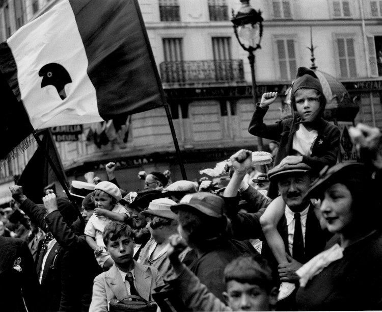 Willy_Ronis-14juillet36